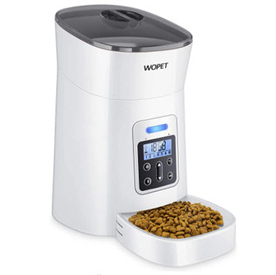 Automatic pet feeder for your adopted cat
